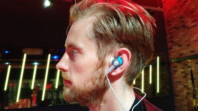 Nike headset
